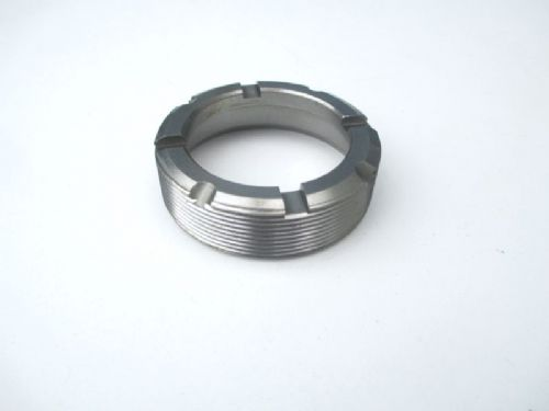 Ball joint retaining nut, upper